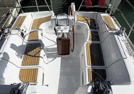 02-Beneteau_Oceanis_clipper_373_yacht_charter_croatia_deck