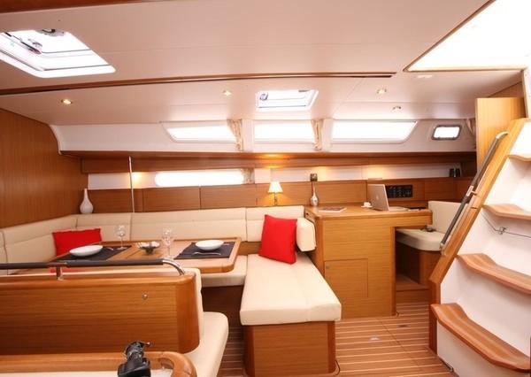 boat-Sun-Odyssey_44i_20100906225006